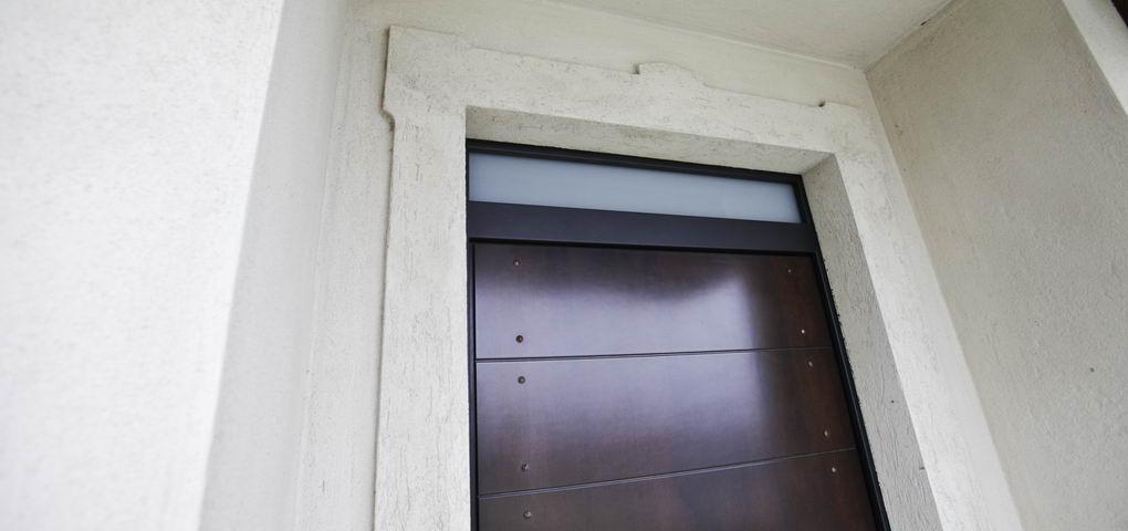 Cornici di intonaco edilvico edilvico - Cornici finestre in mattoni ...